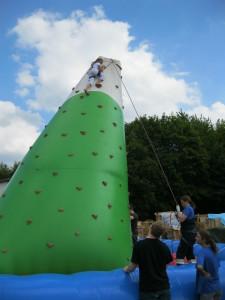 Kletterburg beim Ferienprogramm 2012